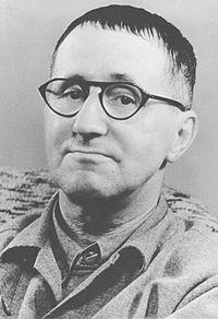 200px-Bertolt-Brecht
