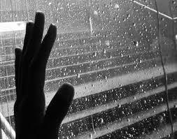 cristales y lluvia